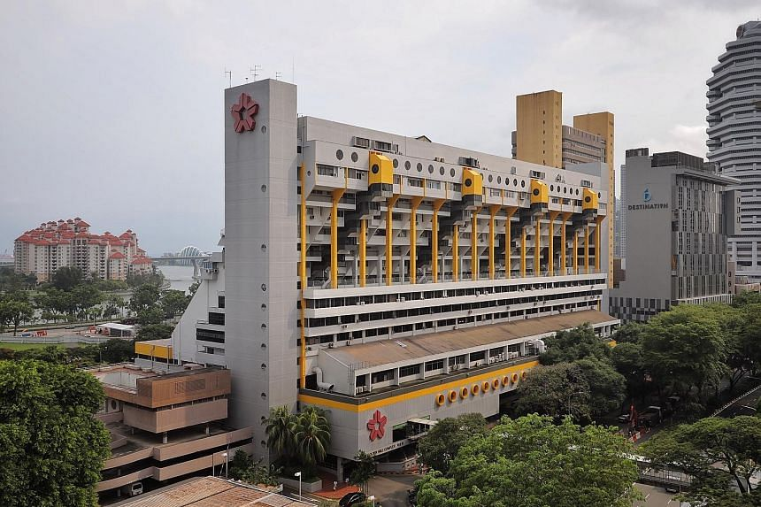 Golden Mile Complex's en bloc tender is the first time in Singapore that a building being studied for possible conservation is put up for collective sale at the same time.