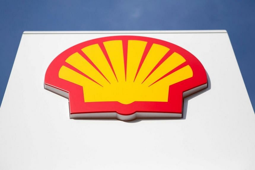 Royal Dutch Shell saw cash generation from operations rise by nearly 60 per cent, fuelled by stronger oil and gas prices as well as bigger contributions from trading operations.