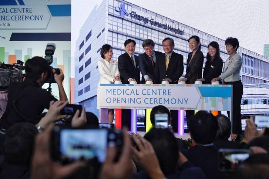 (From left)  Changi General Hospital (CGH) chief nurse, Ms Paulin Koh; CGH deputy chairman, medical board, Dr Andrew Tan; CGH CEO, Adjunct Professor Lee Chien Earn; Minister for Health Gan Kim Yong; SingHealth Group CEO, Prof Ivy Ng; CGH assistant CE