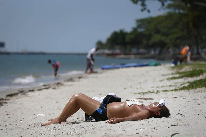 In eight of 18 countries examined, men's skin cancer death rates increased over three decades by at least 50 per cent.