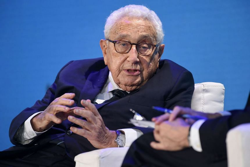 Henry Kissinger said that US and Chinese trade negotiators should avoid getting bogged down in details and first explain to each other what objectives they are seeking to achieve, and what concessions they can and cannot make.