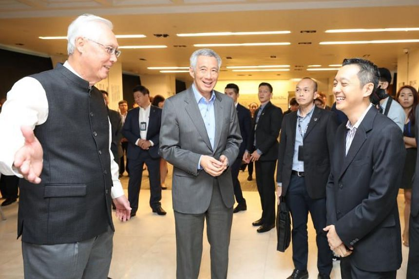 (From left) Emeritus Senior Minister Goh Chok Tong, Prime Minister Lee Hsien Loong and Tall Order: The Goh Chok Tong Story author Peh Shing Huei at the book's launch on Nov 8, 2018.