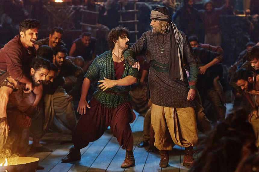 Both formidable actors, Aamir Khan (left) and Amitabh Bachchan (right) complemented each other well in Thugs Of Hindostan.