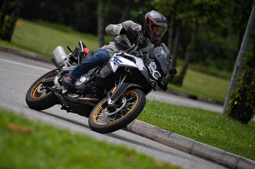 The 2018 BMW F850GS features a new engine, new chassis and electronics to rival pricier dual-purpose motorcycles.