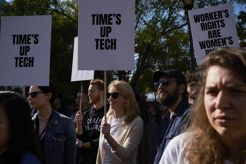 Google employees participate in a walkout over the company's handling of sexual misconduct cases, near its headquarters in New York, on Nov 1, 2018.