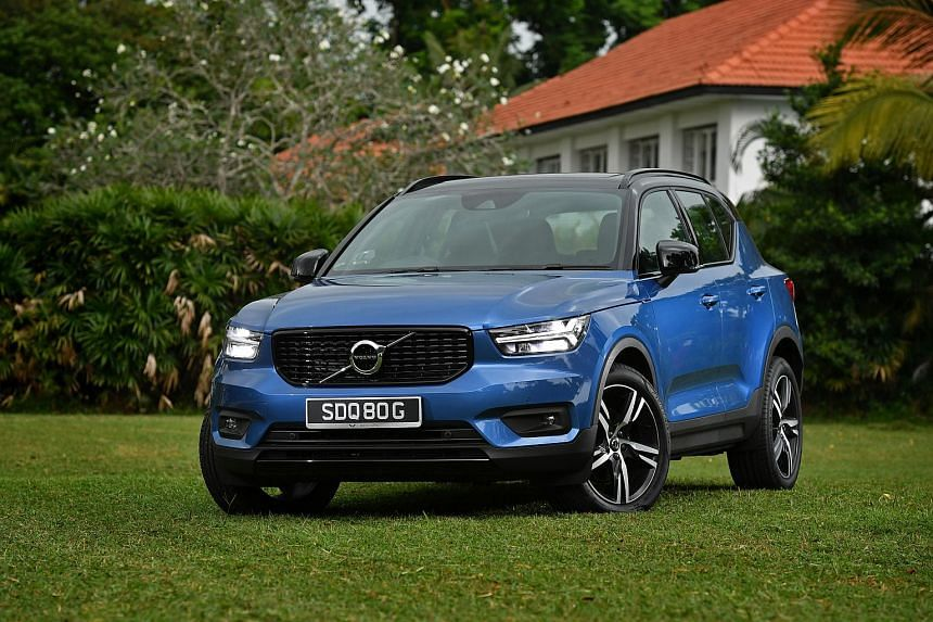 The Volvo XC40 T4 boasts features such as cruise control, a large tablet-style infotainment screen, wireless phone charging, keyless system and a 360-degree camera system.