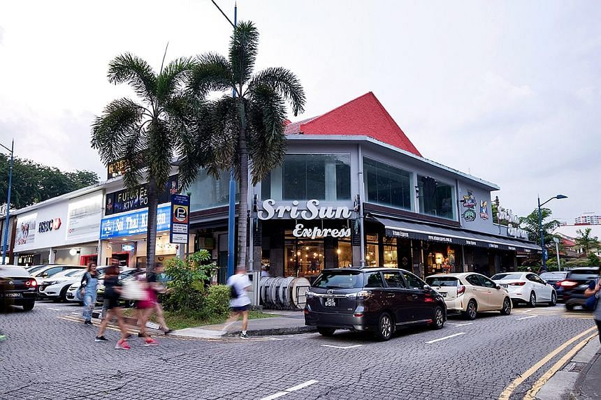 The 999-year leasehold corner shophouse occupies a land area of 2,122 sq ft and total built-up area of 3,482 sq ft. It is approved for permanent restaurant use on the first floor and shop use for the second floor.
