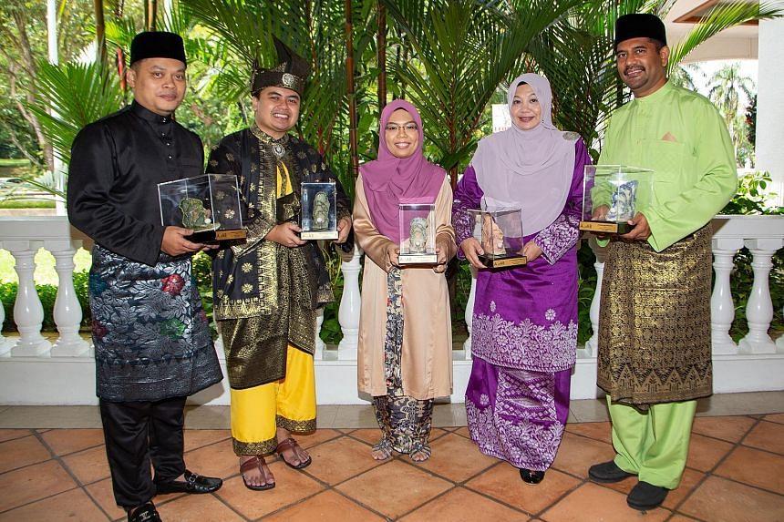 The five award winners are (from left) Mr Roslie Buang Sidek, Mr Amirul Asri Hussin, Madam Khairyanie Kamsani, Madam Rita Zarina Mohd Nazeer and Mr Mohamad Zareen Mohamed Shariff.