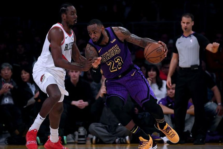 LeBron James entered the home game against the Portland Trail Blazers  needing 39 points to pass dfc6d532b653
