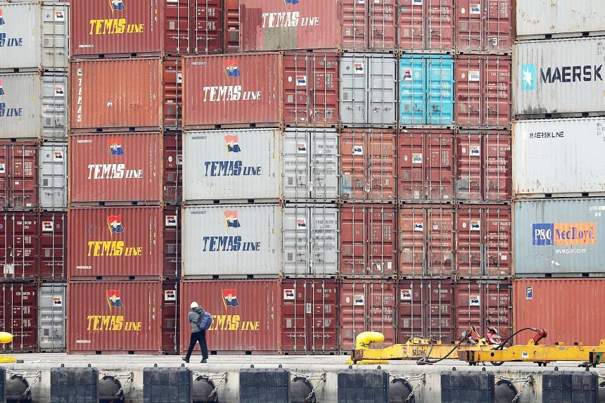 Indonesian exporters which do not keep their export earnings domestically may be barred from moving their goods overseas.