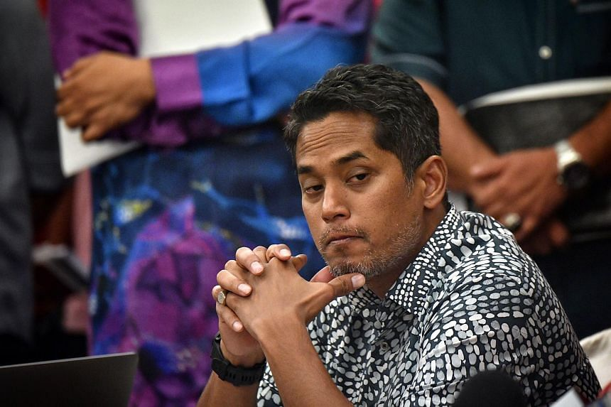 Umno MP Khairy Jamaluddin said it would be difficult for the party or the Barisan Nasional coalition to rise again as long as the 1MDB issue hangs over their heads.