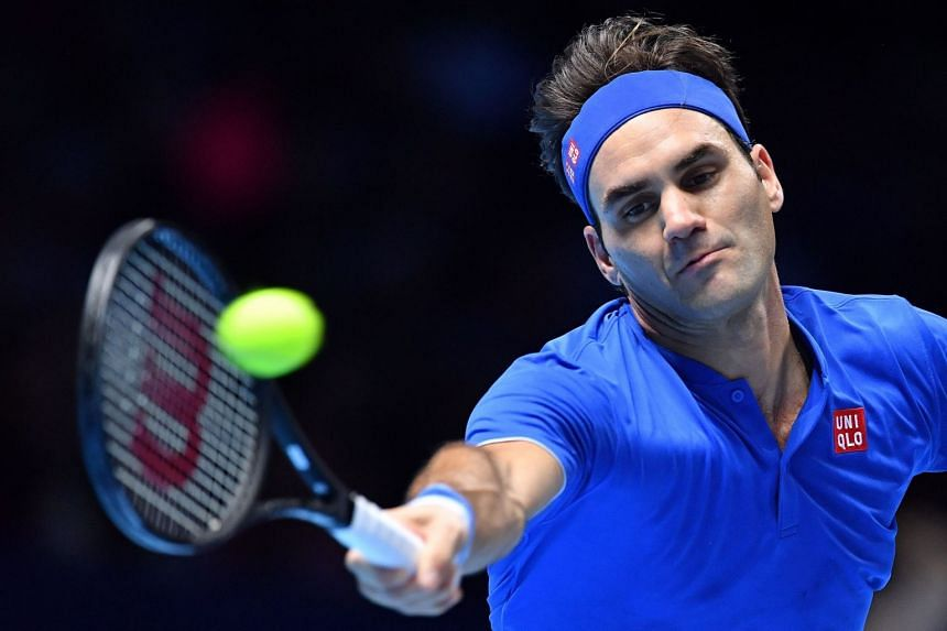 Federer returns against Germany's Alexander Zverev.