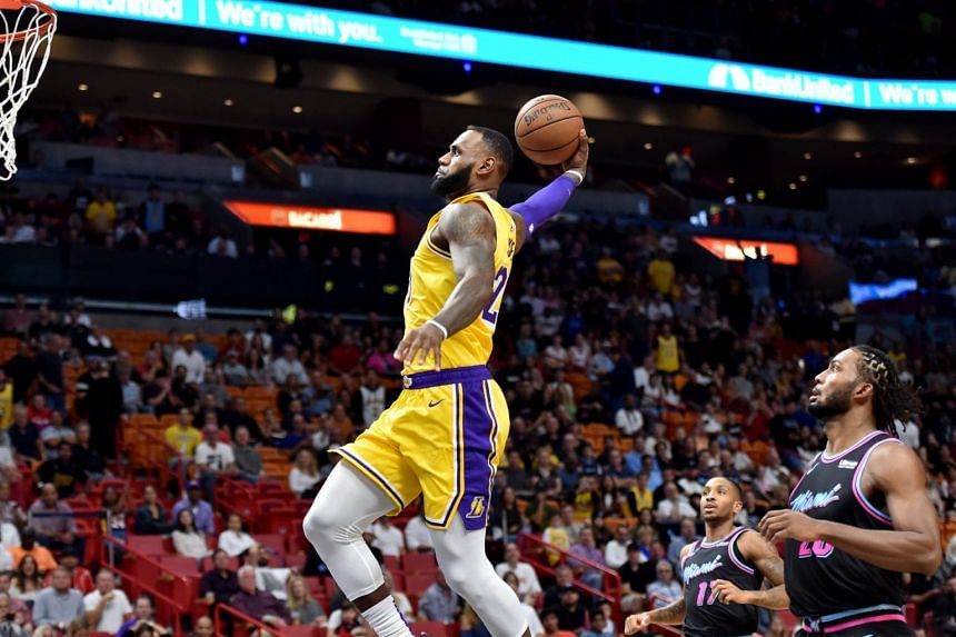 7fcaa471b88d LeBron James set the record for most points scored by a Lakers player  against Miami Heat