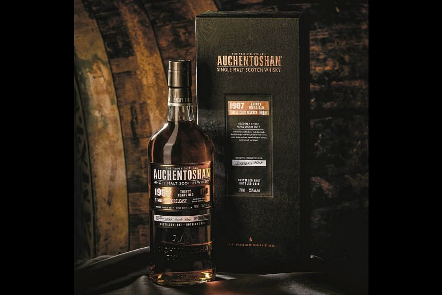 The Auchentoshan 1987 30 Years Old Single Cask is a limited-edition whisky aimed specifically at the rapidly-growing Singaporean market. PHOTO: BEAM SUNTORY