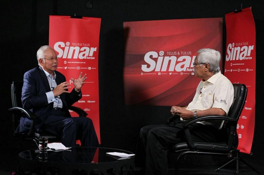 Former Malaysian prime minister Najib Razak speaks during an interview with Sinar Harian, a Bahasa Malaysia daily, on Nov 22, 2018.