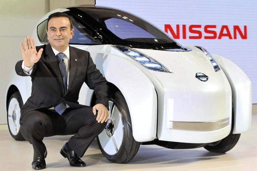 Board members in Japan are divided over whether to dismiss Carlos Ghosn as chairman.