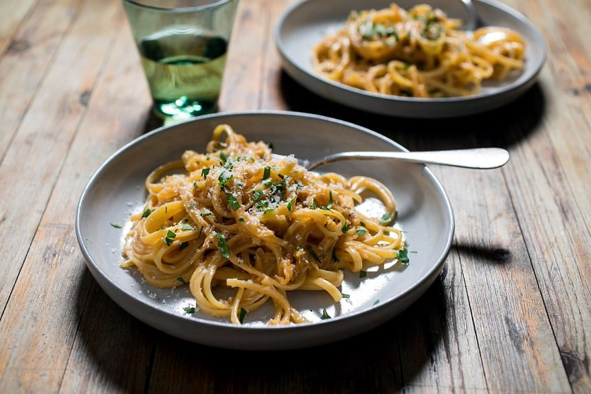 Linguine with melted onions and cream. There are quite a few things we can do with the extra ingredients we stuff into our refrigerators before Thanksgiving.