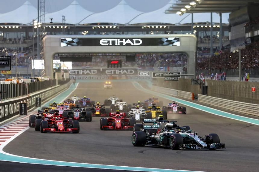 Mercedes driver Lewis Hamilton leading the pack at the start of the Abu Dhabi Grand Prix on Nov 25, 2018.