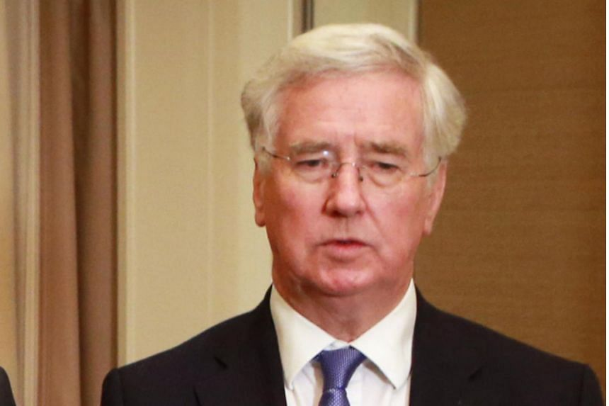 Former British Defence Minister Michael Fallon has said that it may be in Britain's interests to delay leaving the European Union so negotiators can agree a better divorce deal on Nov 27, 2018.