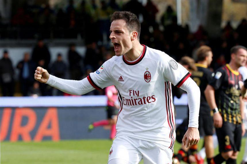 Italian international midfielder Giacomo Bonaventura underwent a procedure in the United States to repair a cartilage issue in his left knee.