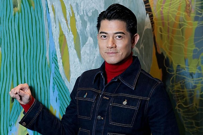 Aaron Kwok thanked reporters who congratulated him on his wife's pregnancy.