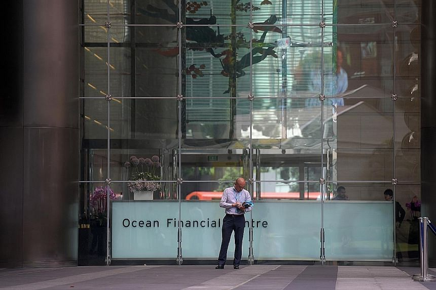 [(QUOTE_CREDI]Ocean Financial Centre is a 43-storey Grade A office tower at the intersection of the Raffles Place and Marina Bay financial precincts.