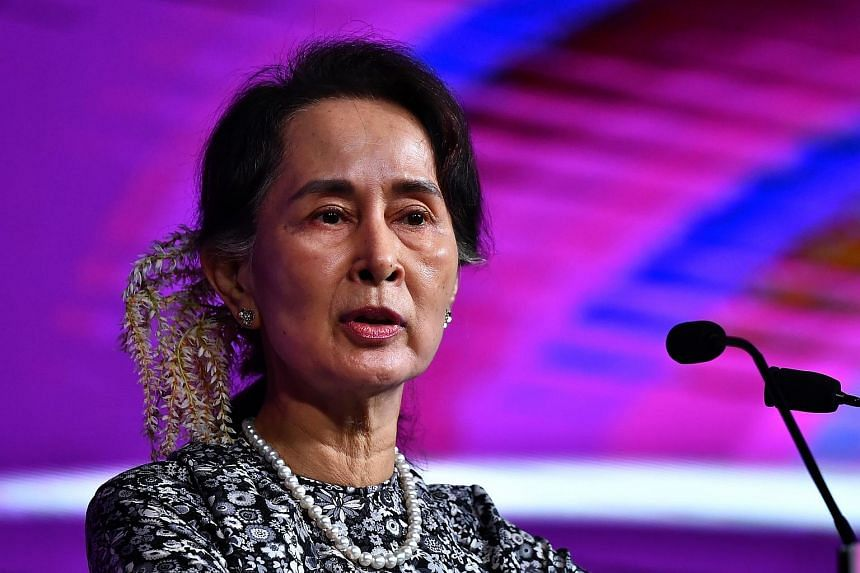 The move, which follows similar decisions by Glasgow, Edinburgh and Oxford, would make Ms Aung San Suu Kyi the first person to lose the award.