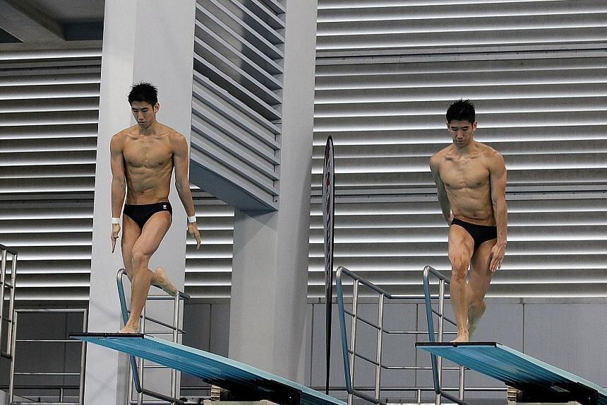 The Lee brothers, who won the synchronised 3m springboard at the Fina Diving Grand Prix Singapore last weekend, have improved under national coach Li Peng's guidance.