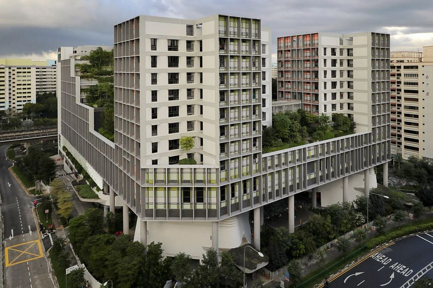 Kampung Admiralty, designed by Woha Architects, is an 11-storey complex by the HDB comprising public housing for seniors, integrated with healthcare, wellness and eldercare facilities, and a childcare centre. Prime Minister Lee Hsien Loong has called