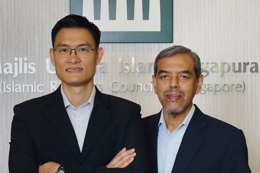 Mr Esa Masood (left) will take over the leadership role from Mr Abdul Razak Maricar on Jan 1, 2019.