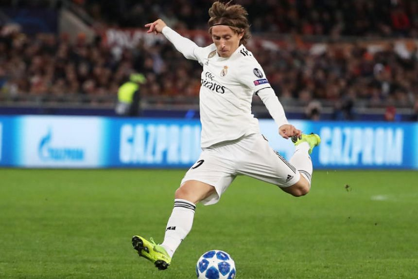 Real Madrid's Luka Modric on the pitch in the match between AS Roma and Real Madrid in the Stadio Olimpico, Rome on Nov 27, 2018.
