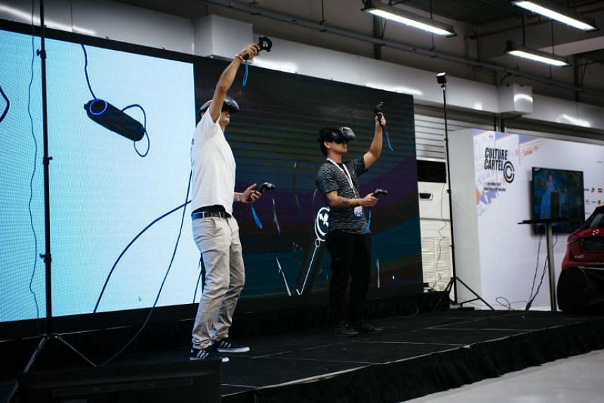 A virtual reality graffiti battle between artists, the first of its kind in Asia, using Google's Tilt Brush technology, at the Culture Cartel event.