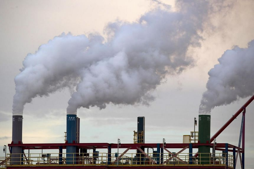 Based on the latest energy data available, energy-related carbon dioxide emissions in North America, the European Union and other advanced economies in the Asia-Pacific are set to increase by around 0.5 per cent in 2018.