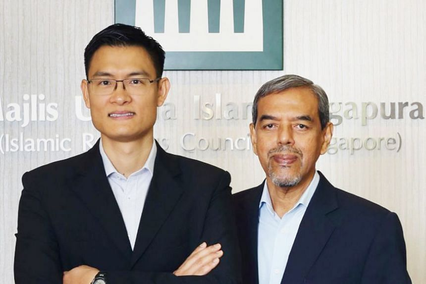 Islamic Religious Council of Singapore chief executive Abdul Razak Hassan Maricar (right) is set to step down from Jan 1, 2019, and will be succeeded by his deputy Esa Masood (left).