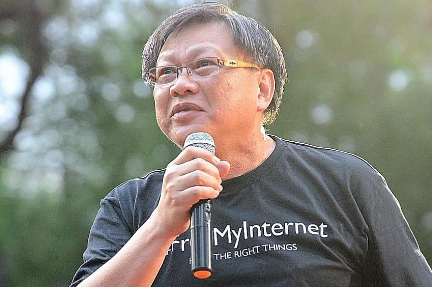 Mr Leong Sze Hian took down his Facebook post on or around Nov 10. But he did not comply when Prime Minister Lee Hsien Loong's lawyers sent him a letter of demand to make a public apology and pay PM Lee damages.