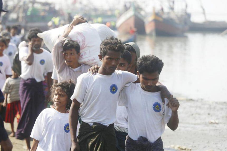 Rohingya Muslims arrive to the Thae Chaung village in Sittwe, Rakhine, Myanmar, on Nov 21, 2018.