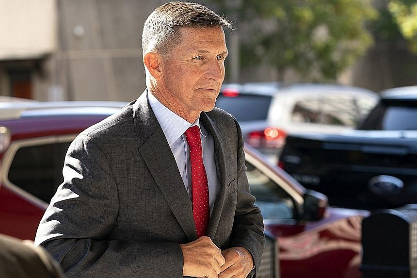 Michael Flynn cooperated with prosecutors, the US Special Counsel said in a memorandum.
