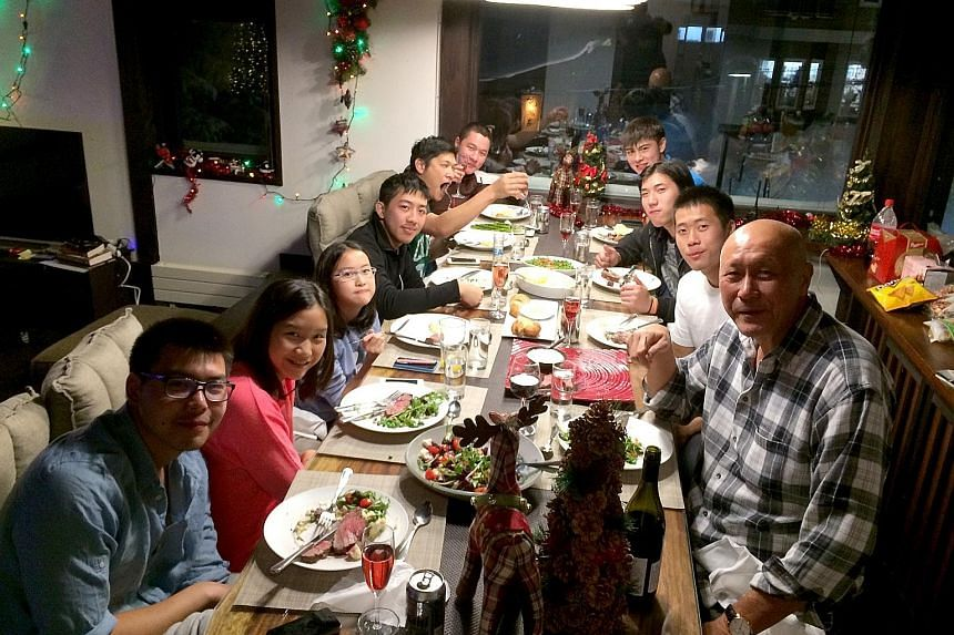 Singapore investor Peter Fu Chong Cheng (right) with his family and friends in Berg House in upper Hirafu in 2016.