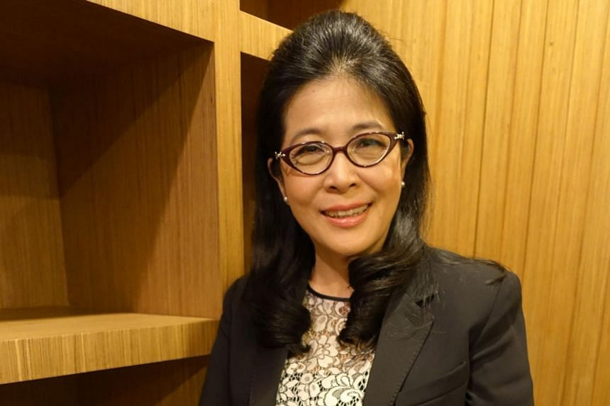 Dr Sudarat Keyuraphan, who leads the Pheu Thai Party's election strategy committee, admitted that it is a tough job getting voters to understand what is at stake in the election.