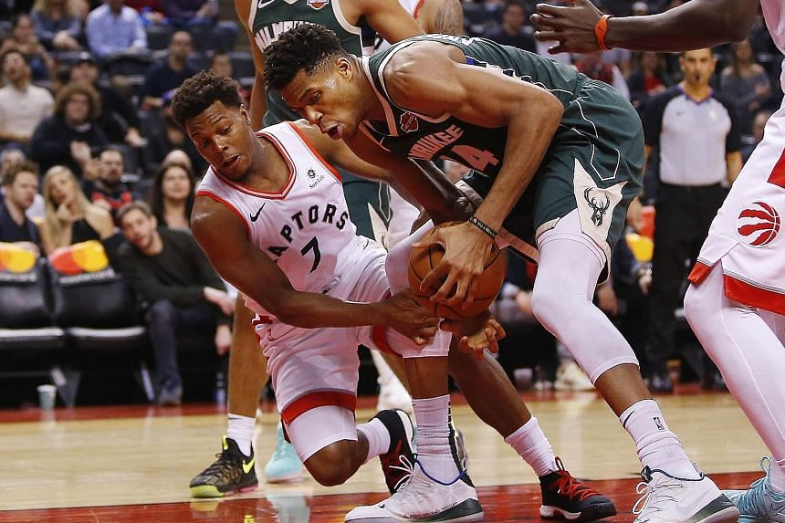 Bucks improve to 2-0 against Raptors with win in Toronto