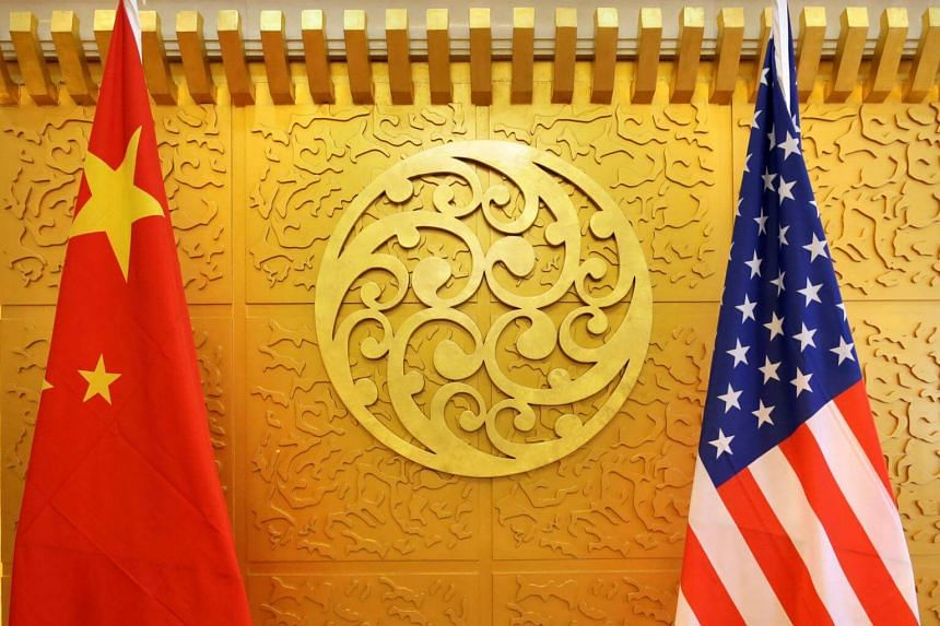 Chinese Vice-Premier Liu He spoke with US Treasury Secretary Steven Mnuchin and US Trade Representative Robert Lighthizer, exchanging views on pushing forward the next stage of trade talks.