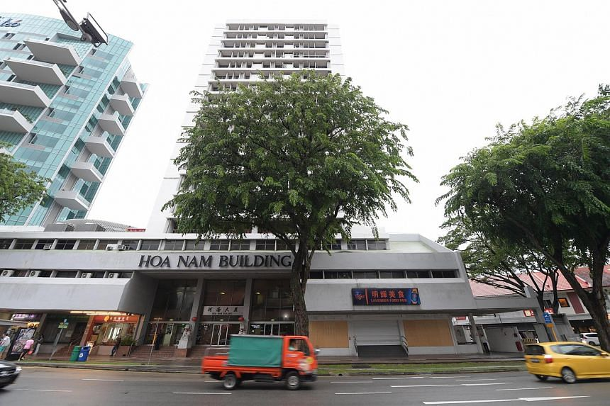 The MC of the Hoa Nam Building had sued unit owner Lian Tat Huat Trading (Lian Tat), which had leased its ground-floor premises to a coffee shop operator.