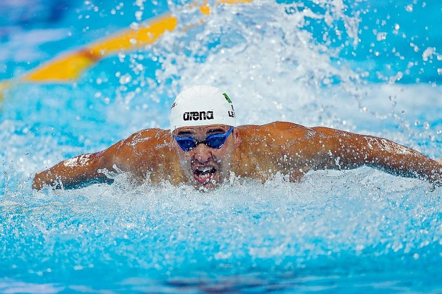 South Africa's Chad le Clos splashing his way to victory in the 100m butterfly at the short-course World Swimming Championships yesterday.
