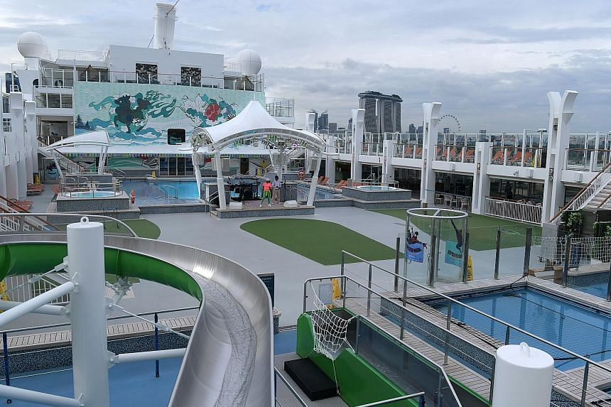 The pool area on Genting Dream. A partnership to promote Genting Dream's Singapore sailings aims to bring in more than $250 million in tourism receipts