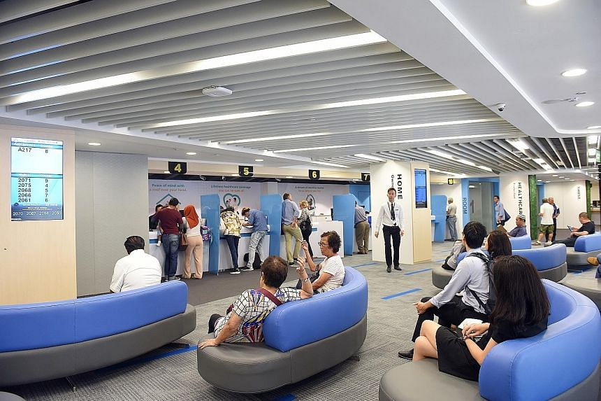 The CPF Maxwell Service Centre. Singapore citizens or permanent residents born in 1958 or after, with at least $60,000 in their Retirement Account six months before reaching age 65, will be placed on the CPF Life scheme, which offers risk-free monthl