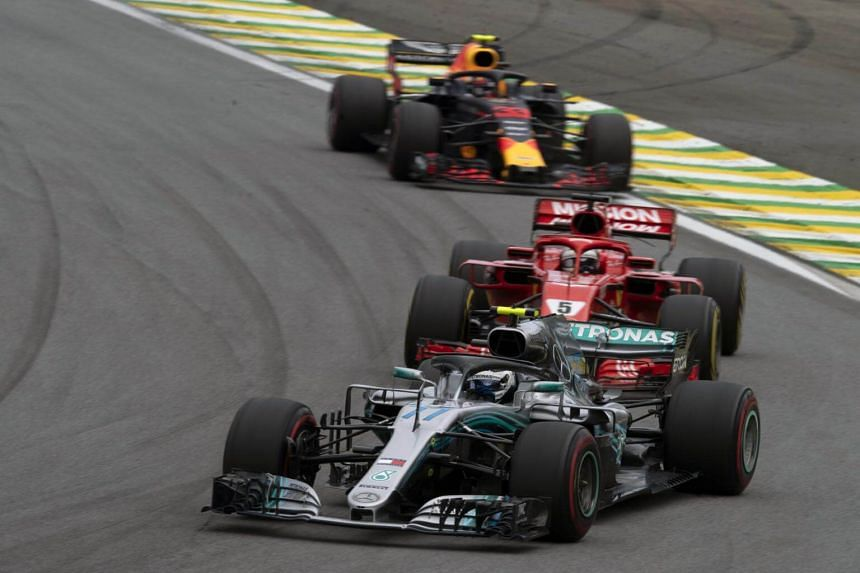 Mercedes, Ferrari, Renault and Honda between them supply the 10 teams and there are no newcomers set to join them in two years' time.
