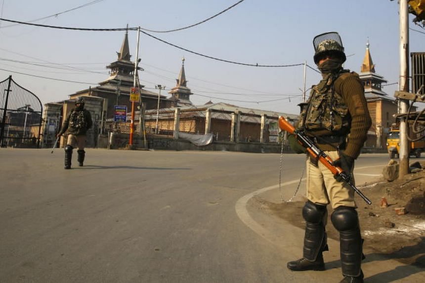 Police and para-military forces put up barricades in various parts of Srinagar, and were patrolling in force.