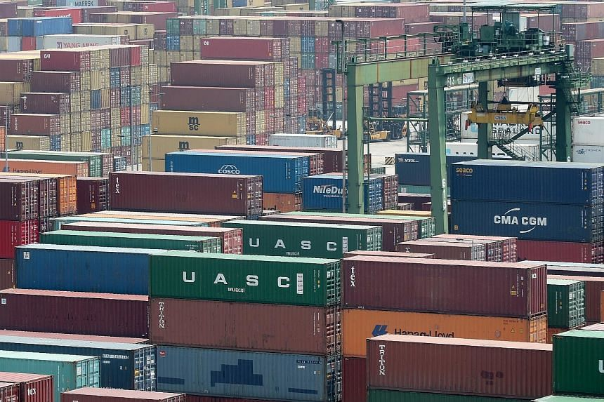 Exports to most of Singapore's top markets slipped last month, except those to the United States, Thailand, Japan and Taiwan.