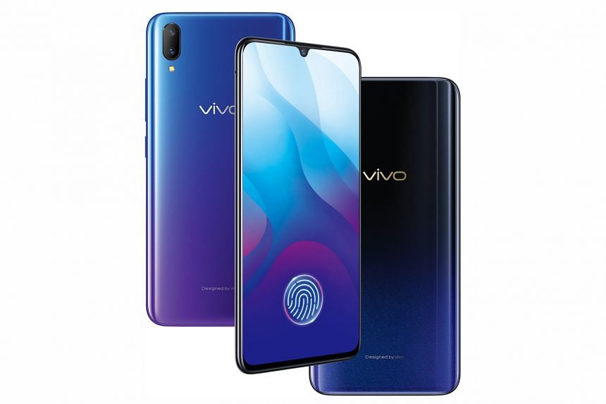 The cameras on the Vivo V11 do not fare well in low-light conditions.
