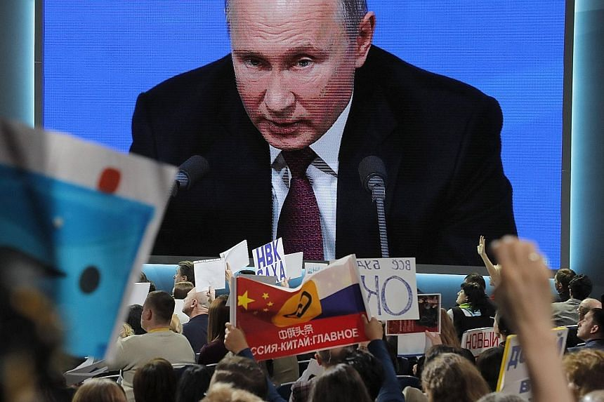 Russian President Vladimir Putin said yesterday that there will be unpredictable consequences if the US pulls out of the 1987 pact that bans both countries from stationing short-and intermediate-range, land-based missiles in Europe.